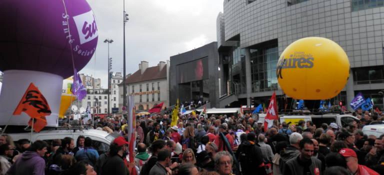 Grève des services publics en Val-de-Marne