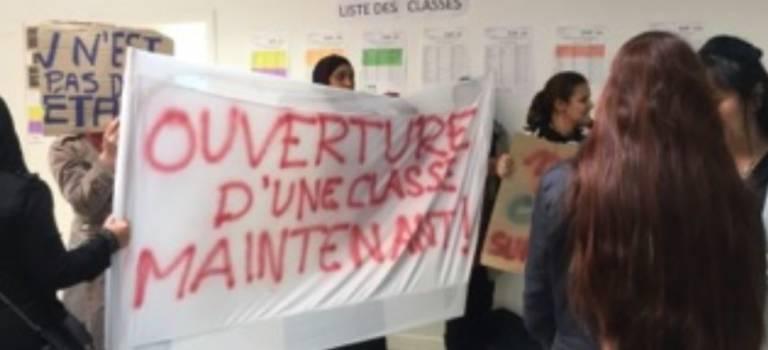 Les parents occupent la maternelle Coquelicots à Fresnes