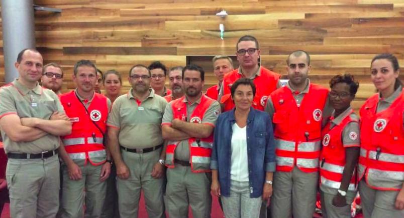 Trois bénévoles de la Croix Rouge Val de Marne aux Antilles 94 Citoyens # Croix Rouge Fontenay Sous Bois