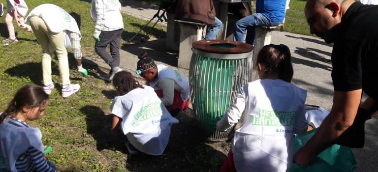 600 Villiérains ont mouillé la chemise pour nettoyer leur ville