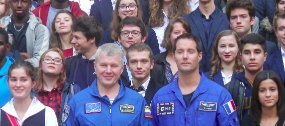 Lycéens et académiciens ont rencontré ensemble Thomas Pesquet