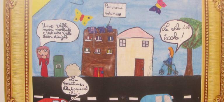 Les enfants dessinent leur ville idéale à Créteil