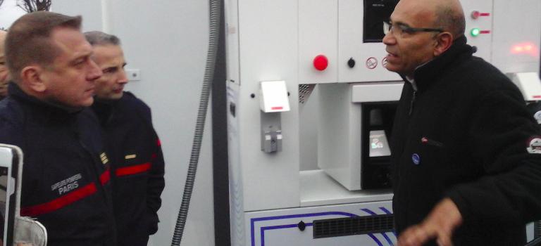 Les taxis hydrogène font leur plein à l'aéroport d'Orly
