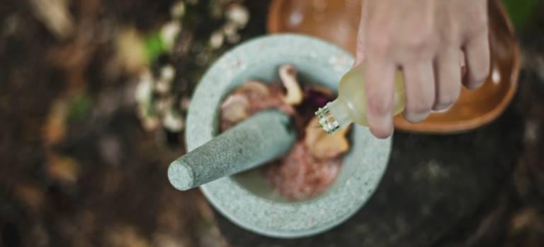 Atelier aromathérapie à Alfortville: créez votre parfum de Noël