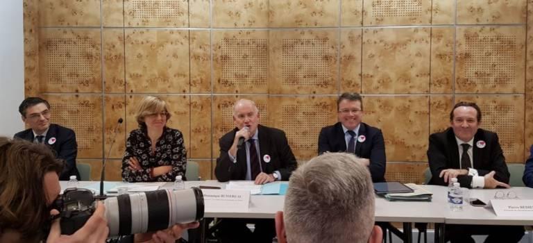 28 maires du Val-de-Marne signent l'appel des départements