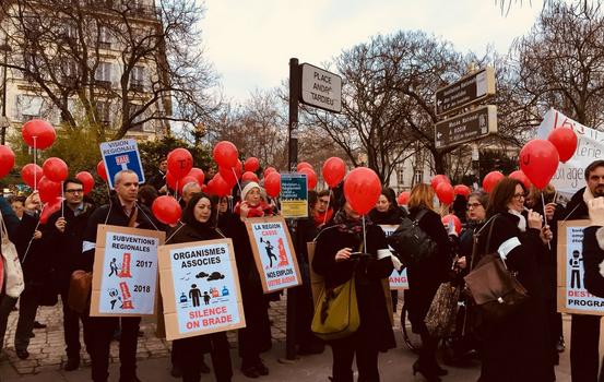 Grève à l'IAU Île-de-France après la baisse de sa subvention