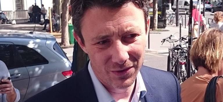 Le porte-parole du gouvernement vient prendre le pouls des Français à Boissy