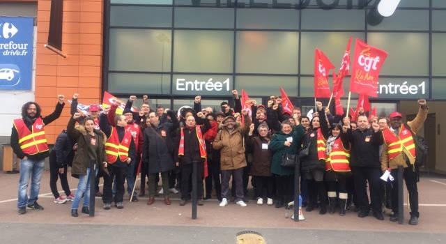 Île-de-France : grève dans les magasins Carrefour ce samedi