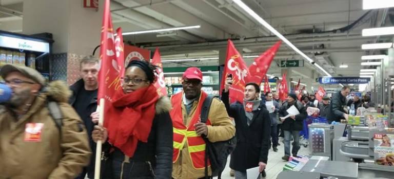 Manifestation au Carrefour de Villejuif