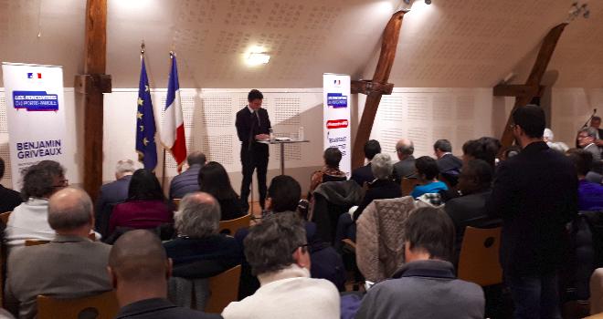 Ecoles, Poste, département:  les citoyens interpellent Benjamin Griveaux