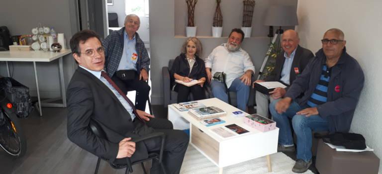 Le député Frédéric Descrozaille a reçu les retraités en colère