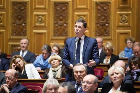 Laurent Lafon dépose une loi contre le blocage des examens