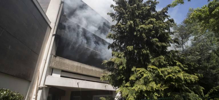 Un violent incendie blesse 4 pompiers à Fontenay-sous-Bois