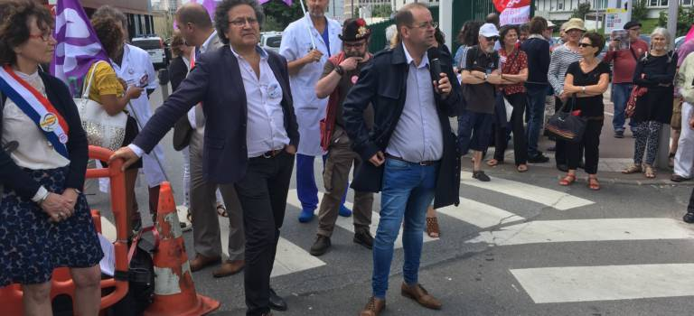 Manif pour la greffe hépatique: hier à Mondor, aujourd'hui à Brousse