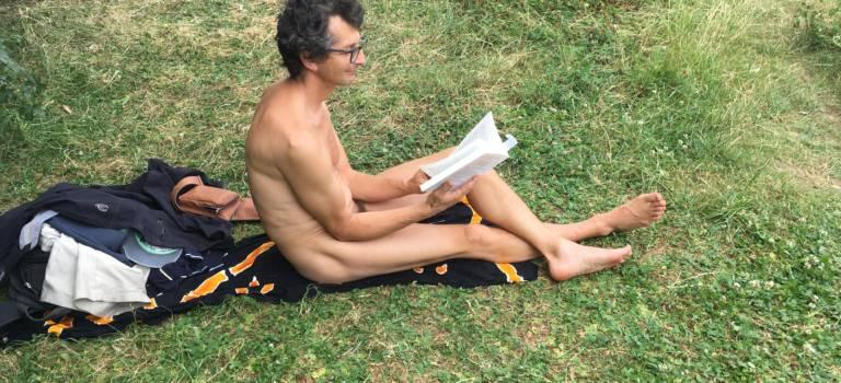 Qu'on est bien à poil au bois de Vincennes quand il fait chaud