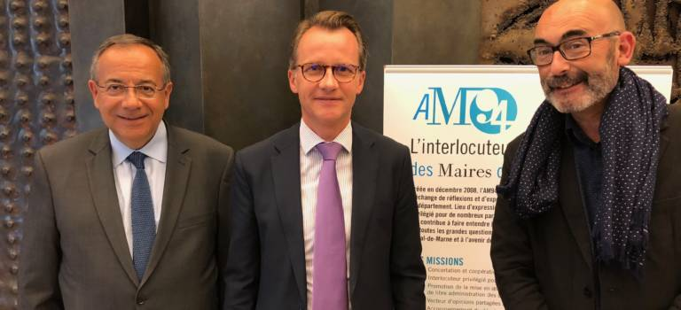Hervé Gicquel élu président de l'association des maires du Val-de-Marne