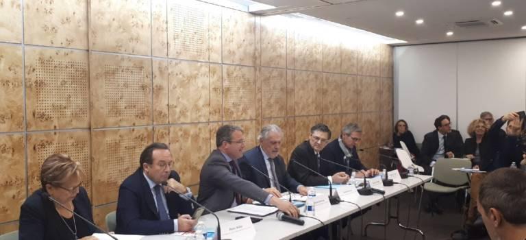 Le gouvernement abandonne la suppression des départements du Grand Paris