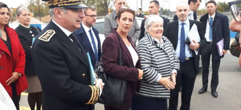En visite à Orly, la ministre évoque la réforme du Grand Paris