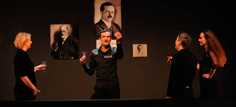 Un démocrate : théâtre à Villeneuve-Saint-Georges