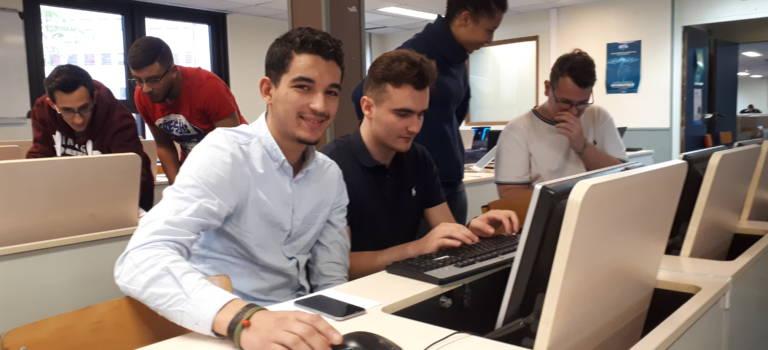 Au Kremlin-Bicêtre, l'Epitech initie les jeunes de l'E2C à la programmation