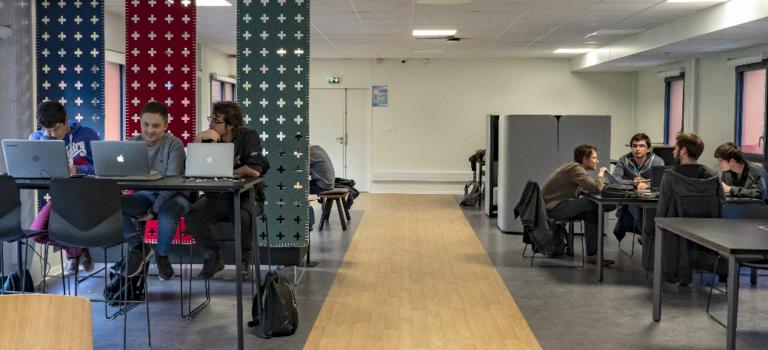 A Villejuif, l'Efrei pousse les murs de son campus