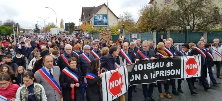 Manifestation massive contre la prison à Noiseau et RDV avec la garde des Sceaux