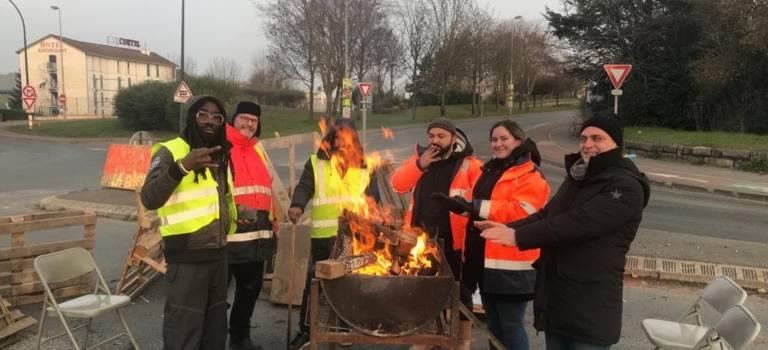 L'acte V des gilets jaunes : du port de Bonneuil-sur-Marne à Paris