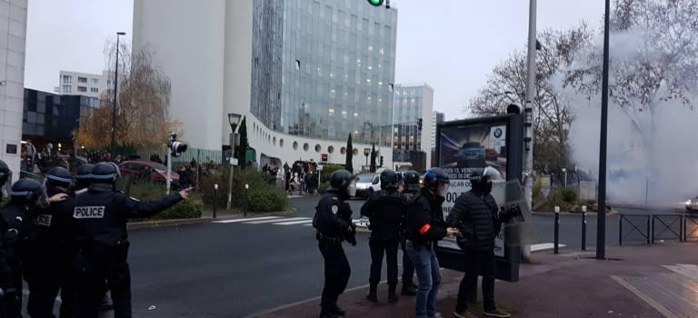 Blocus lycéens et réactions policières : situation très tendue en Val-de-Marne