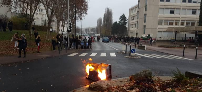 59 nouvelles interpellations de lycéens en Val-de-Marne