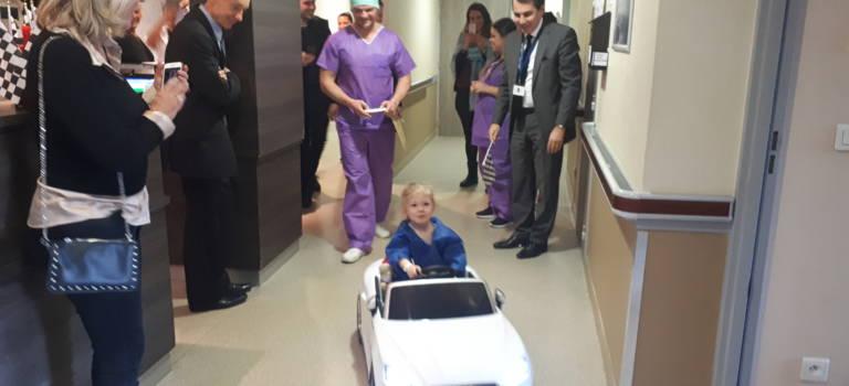 Bry-sur-Marne : les enfants de l'hôpital de Marne la Vallée vont au bloc en voiture