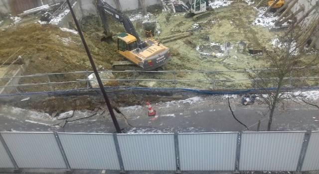 Villiers-sur-Marne:  un chantier provoque l'effondrement d'un trottoir