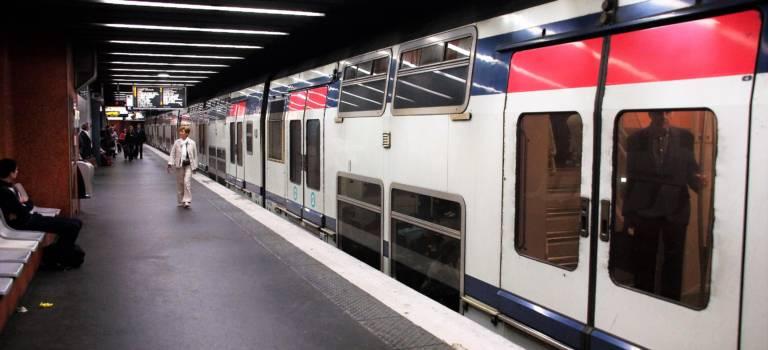Le groupe Caf rénovera les 43 rames MI2N du RER A