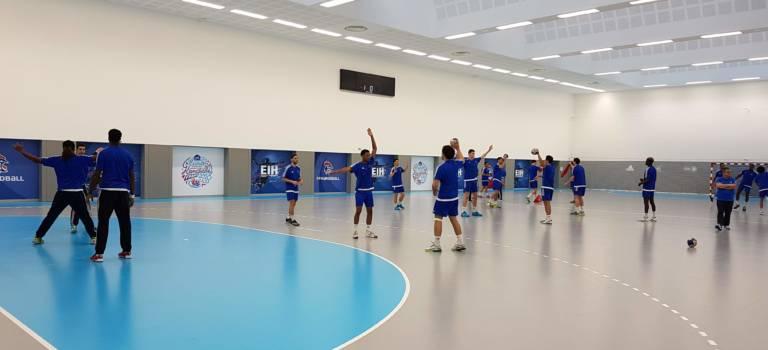 Deux ministres à la Maison du Handball à Créteil