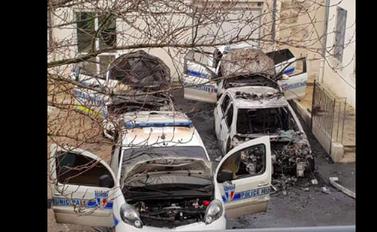 Villejuif : quatre véhicules de la police municipale incendiés