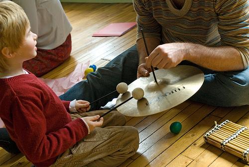 Un atelier parents-enfants découverte du son et des bruitages !