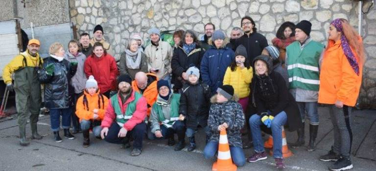 Villeneuve-Saint-Georges : trois tonnes de déchets ramassés sur les berges de la Seine