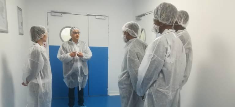 Quand les collégiens découvrent l'usine à Saint-Maur-des-Fossés