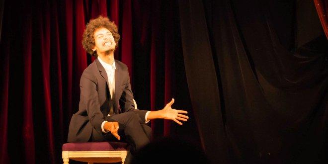 Spectacle d'humour Réda Seddiki : deux mètres de liberté à Arcueil