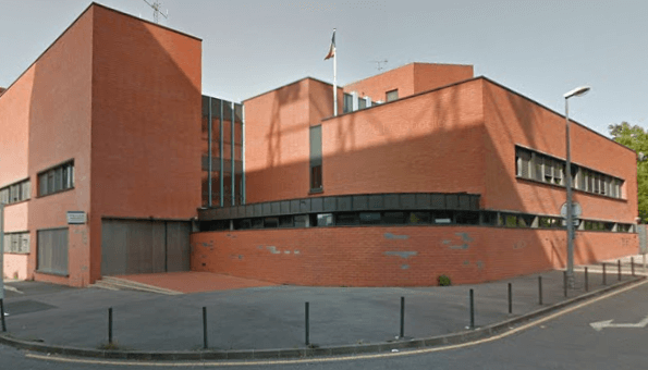 Attaque à l'acide du commissariat de Boissy-Saint-Léger: 3 policiers blessés