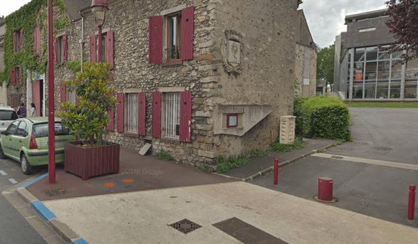 A Fresnes, un homme se donne la mort en s'immolant par le feu