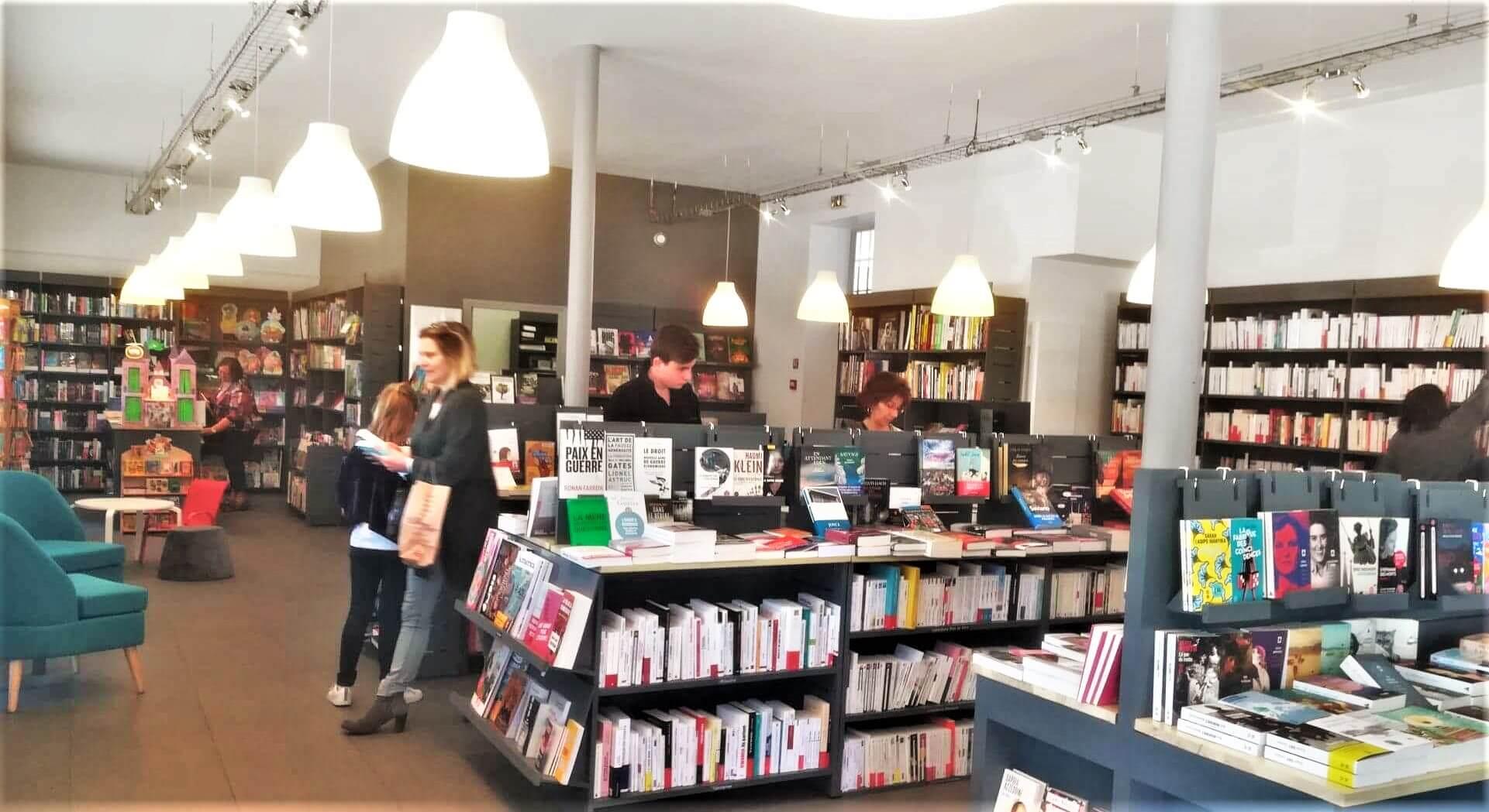 Reconfinement: comment les libraires s'organisent pour
