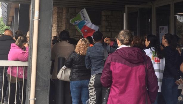 Près de 150 agents municipaux de Limeil-Brévannes ont manifesté