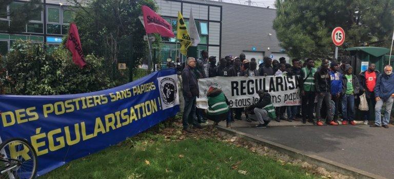 Sans-papiers régularisés: fin du piquet de grève à Chronopost Alfortville