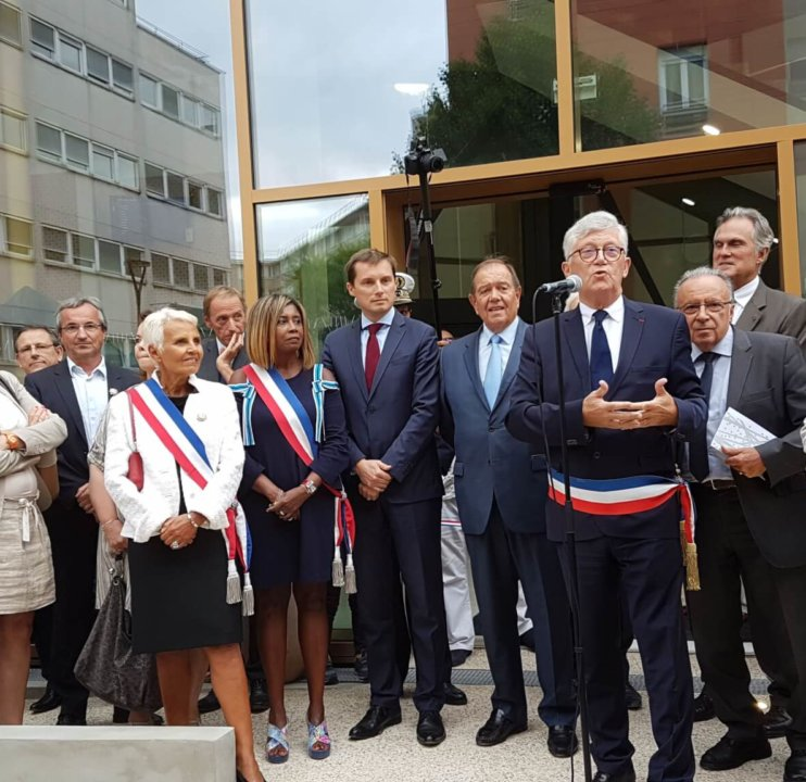 Cresco Saint Mande inauguration exterieur