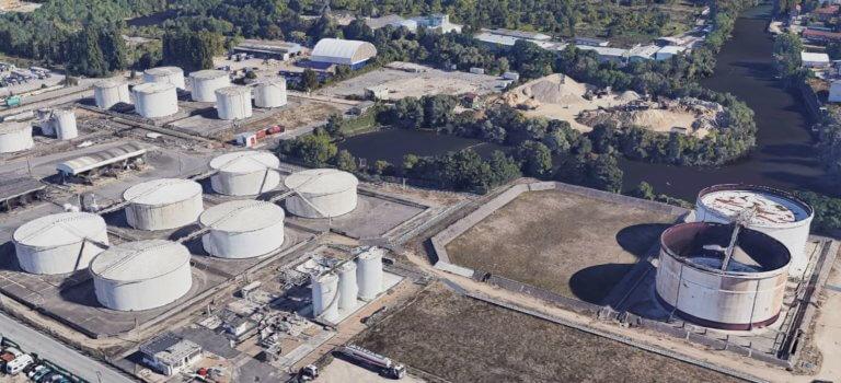 L'Arlésienne du déplacement des dépôts pétroliers de Vitry-sur-Seine et Villeneuve-le-Roi