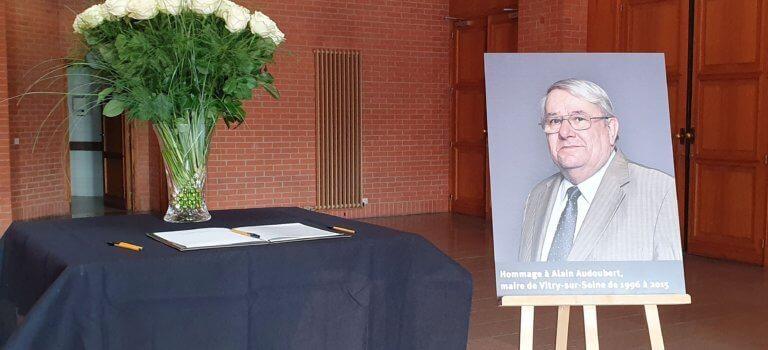 Cérémonie d'hommage à Alain Audoubert, l'ancien maire de Vitry-sur-Seine