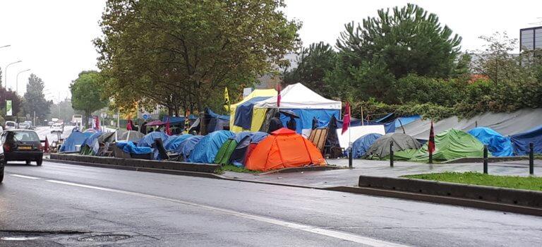 Alfortville : la situation s'enlise pour les sous-traitants sans papiers de Chronopost