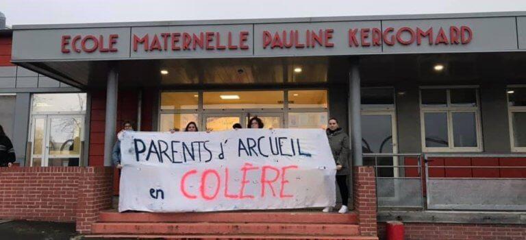 Profs non remplacés: les parents occupent l'école Kergomard à Arcueil