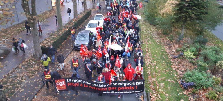 Près de 500 participants ont manifesté contre la réforme des retraites à Créteil