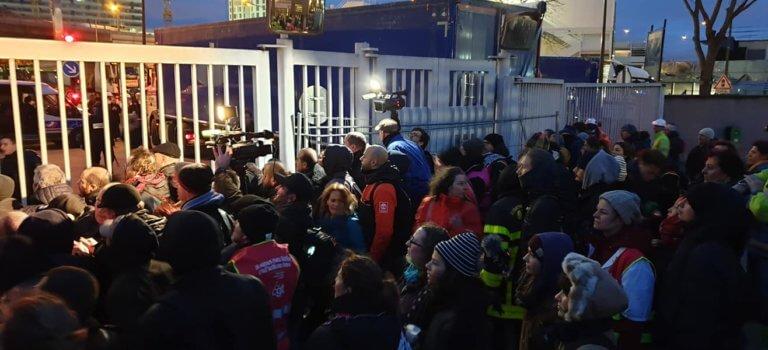 A Ivry-sur-Seine, le blocage de l'incinérateur a été dispersé par la police